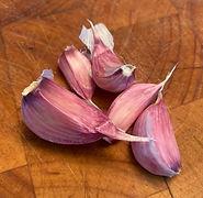 garlicclove.jpg