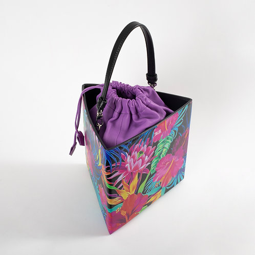 Large triangle bag floral print