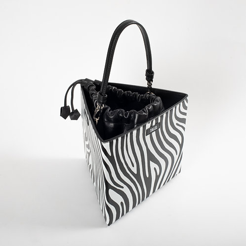 Large triangle bag zebra