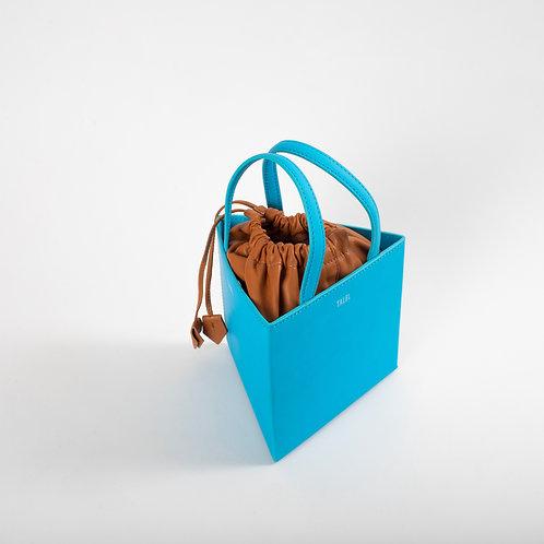 Medium triangle bag sky blue