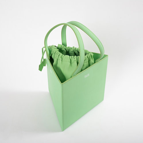 Large triangle bag light green