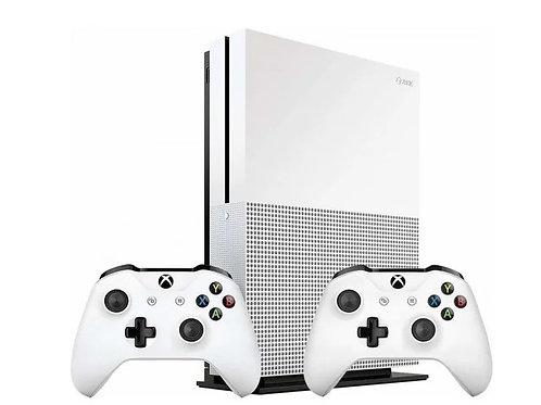 Xbox One S 1TB (234-00013-2G) белый с двумя геймпадами