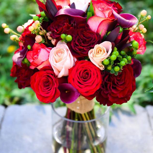 4- Red rose bouquet .jpg