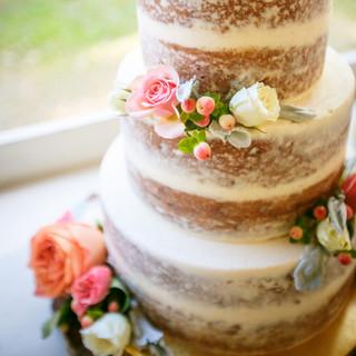 8- Wedding Cake Details.jpg