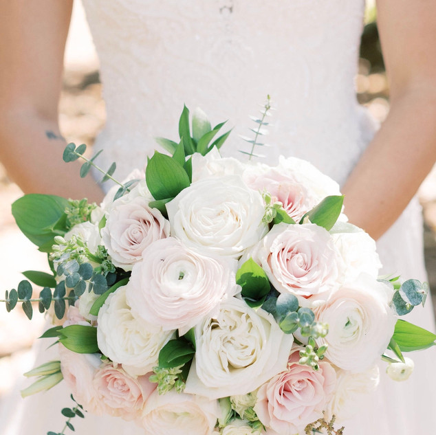 2-Blush and Ivory Bouquet.jpg