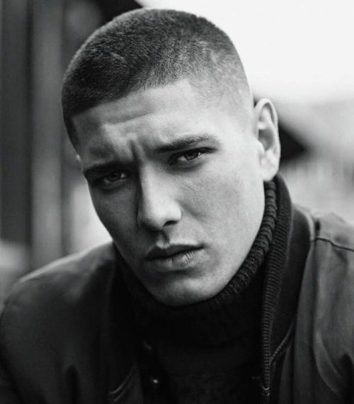 Mens Buzz Cuts & Hairlines