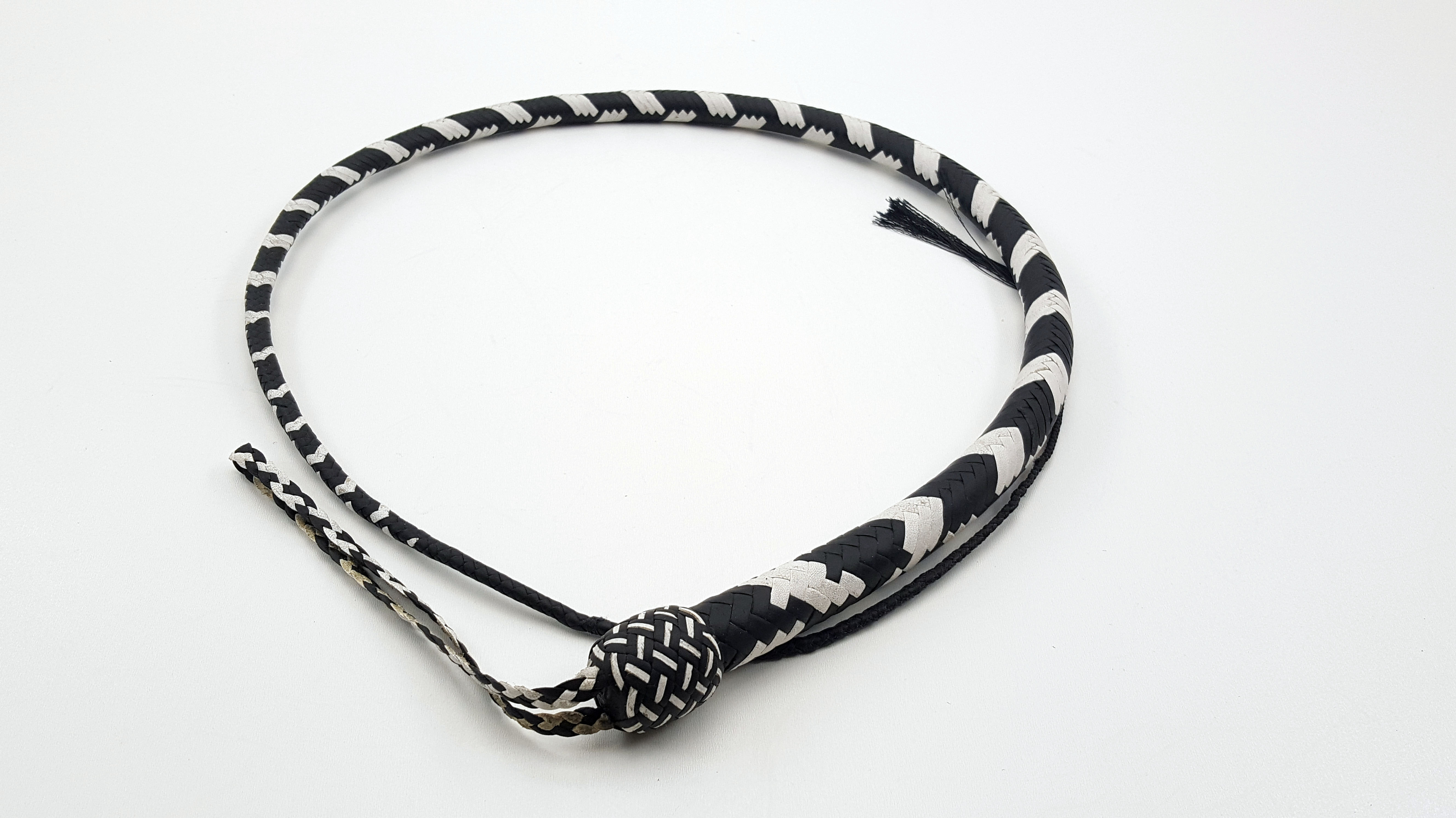 Black and White 16 Plait Signal Whip