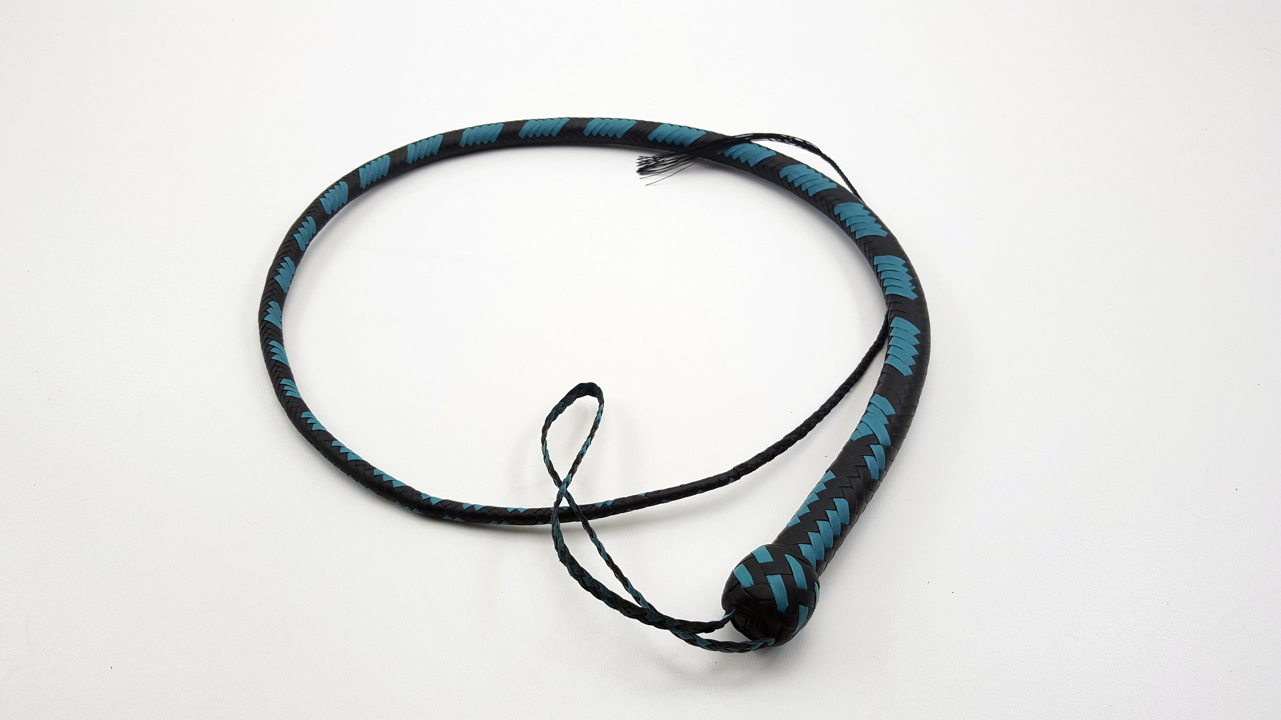 Black & Turq 16 Plait Signal Whip