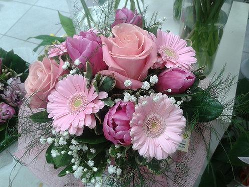Bouquet di minigerbera, tulipani e rose