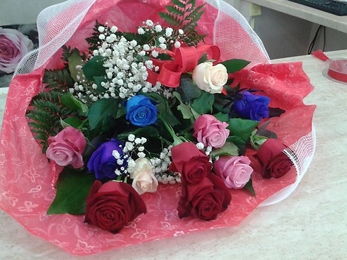 Mazzo 12 rose miste gambo corto (60cm)