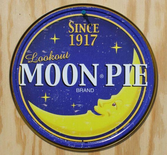 Lookout Moonpie