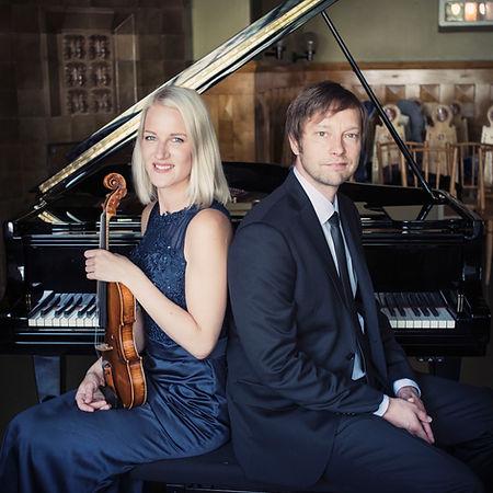 Duo Lehtinen & Lipasti viulisti pianisti tilaisuuksiin
