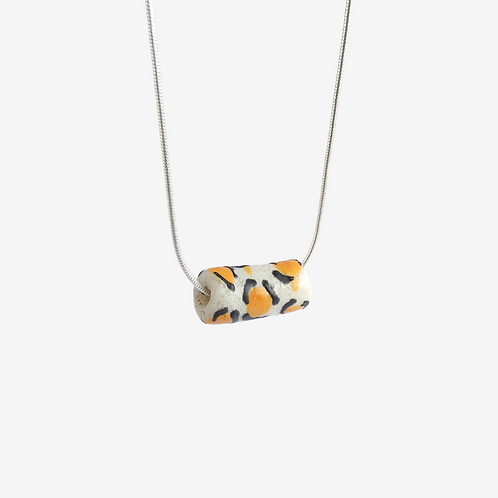 mmi3nsa sterling silver snake chain necklace with a medium glass bead