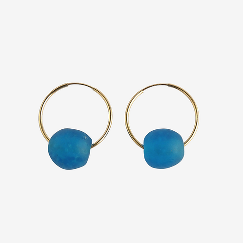 mmi3nsa gold filled hoop earrings with blue medium beads top view