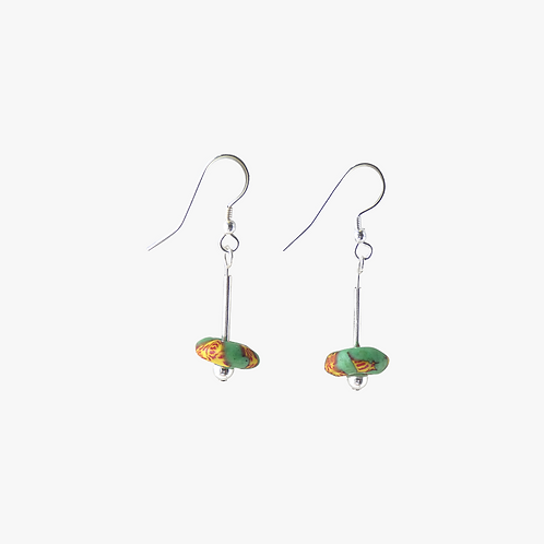 mmi3nsa sterling silver drop earrings with small green recycled glass beads