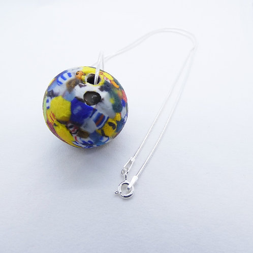 kɔnmuadeɛ 1 handmade recycled glass bead and recycled silver pendant