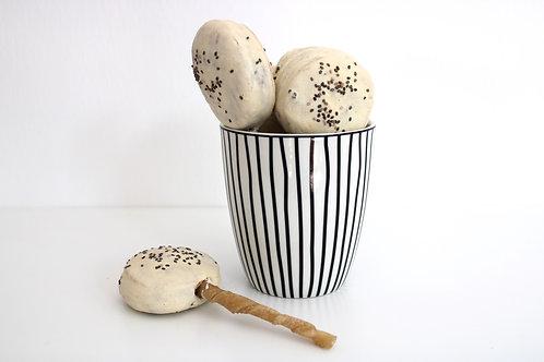 Kekskönig Hundelolli Weiß