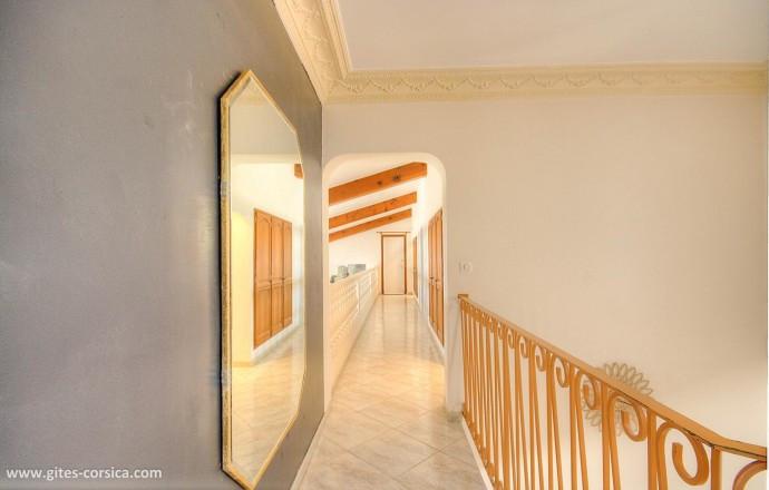 Hall étage