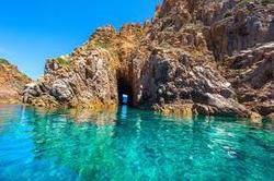 Grottes du Capo Rosso