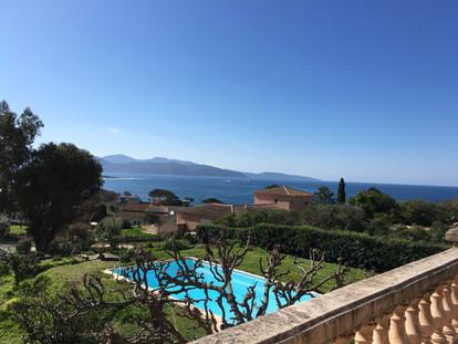 """vue de la terrasse suite """"Azuré Ajonc"""""""