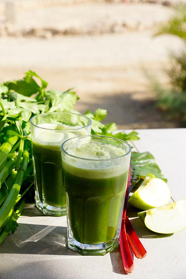 מיץ ירוק עשיר בנוגדי חמצון