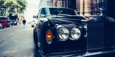 Rolls-Royce luxury car