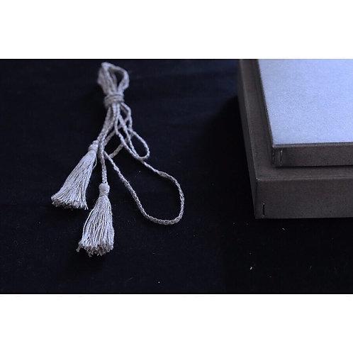 亜麻糸のタッセルベルト