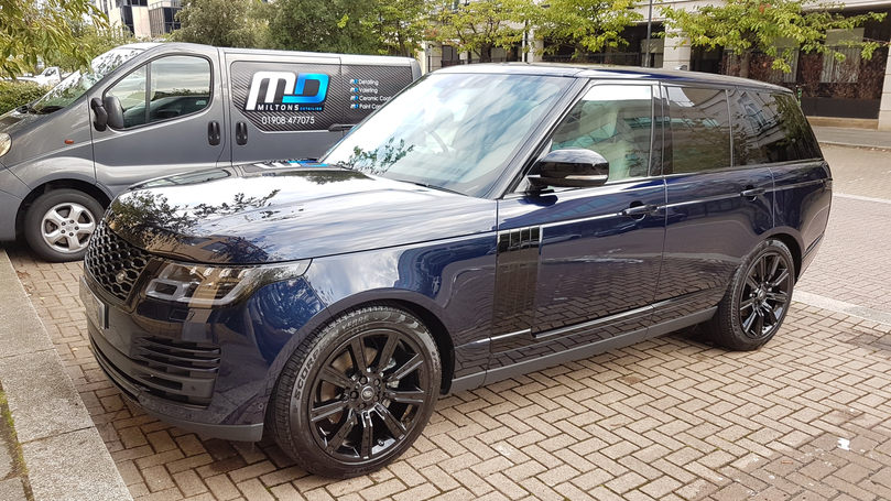 Range Rover Valeting.jpg
