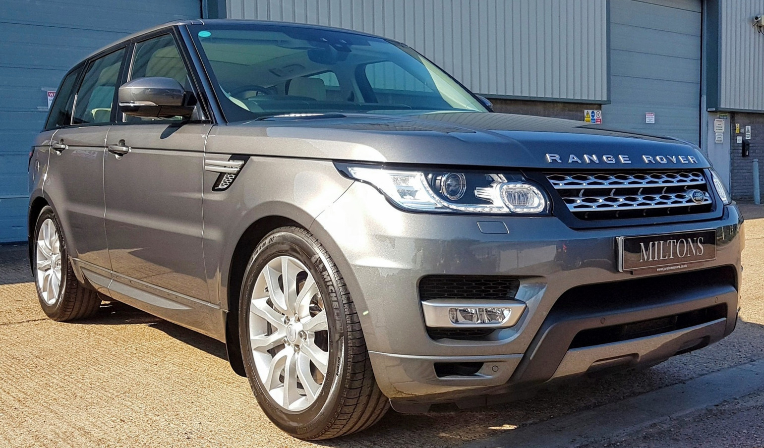 Range Rover Ceramic Coating.jpg