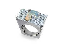 18Kt White Gold Opal and Diamonds