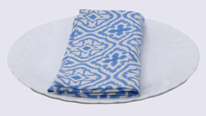 Napkins Block printed with blue and white design - Set o