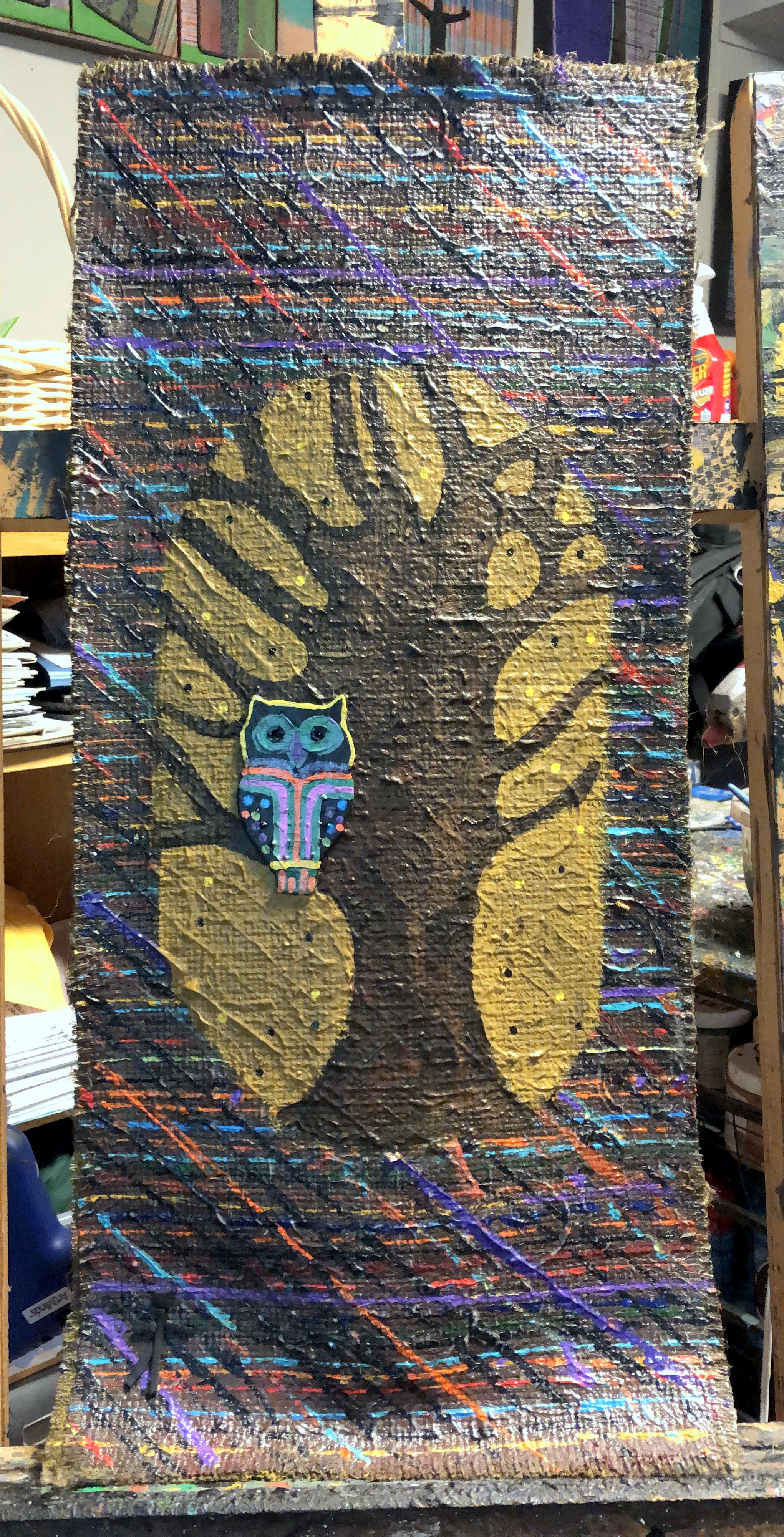 Wise Guy 29x13 Burlap