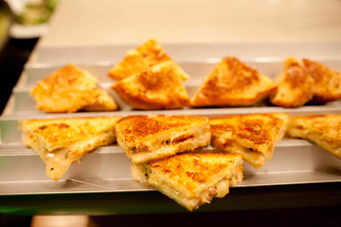 lobster grill cheese with smoked cheddar