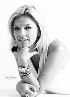 LR_Signature_Brigitte_portrait_904A7052_