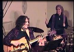Shalomis & Yona -Tofa'ah '05 concert