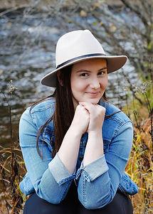 Alicia Smith Headshot.jpg