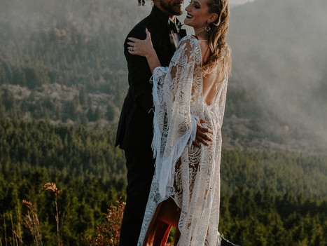 All-Day Elopement Timeline Example