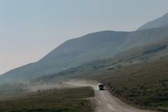 denali-national-park-bus-landscape.jpg