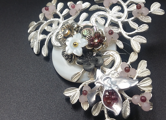 Floral Spread on White Stone Ring Pendant Brooch