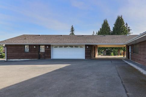 house-driveway-back-garage.jpg