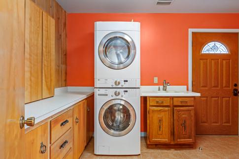 laundry-backdoor.jpg