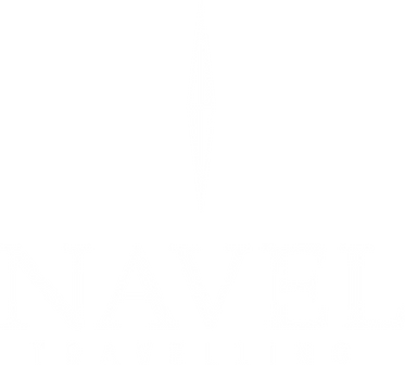 logo navel everest white a.png