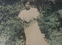 Photo of a young Carol Brice.