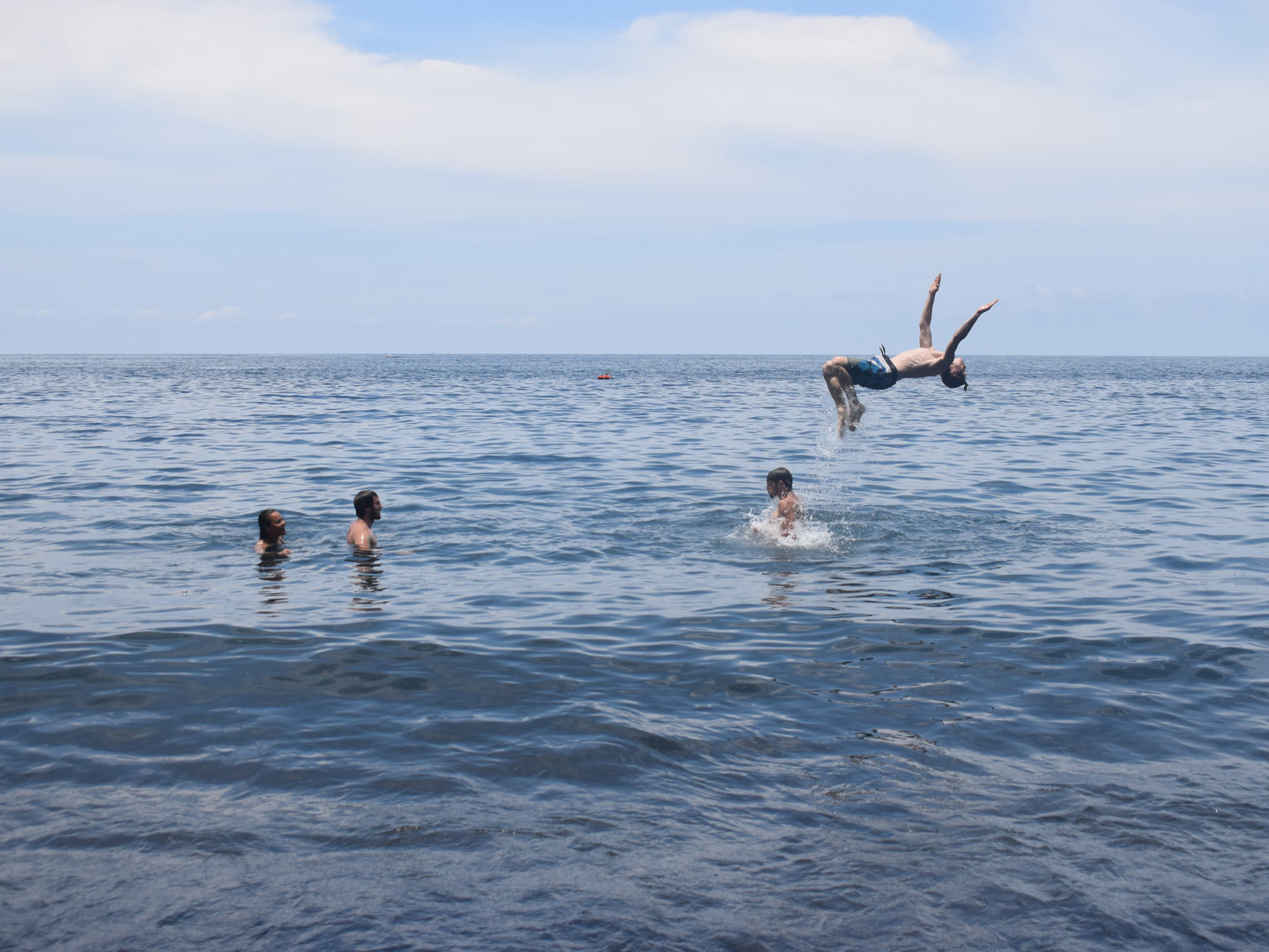 Day 4 : Snorkeling and Traditional Crafts