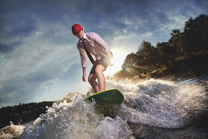 Louisville Guy Senior Picture Wake Surfing.jpg