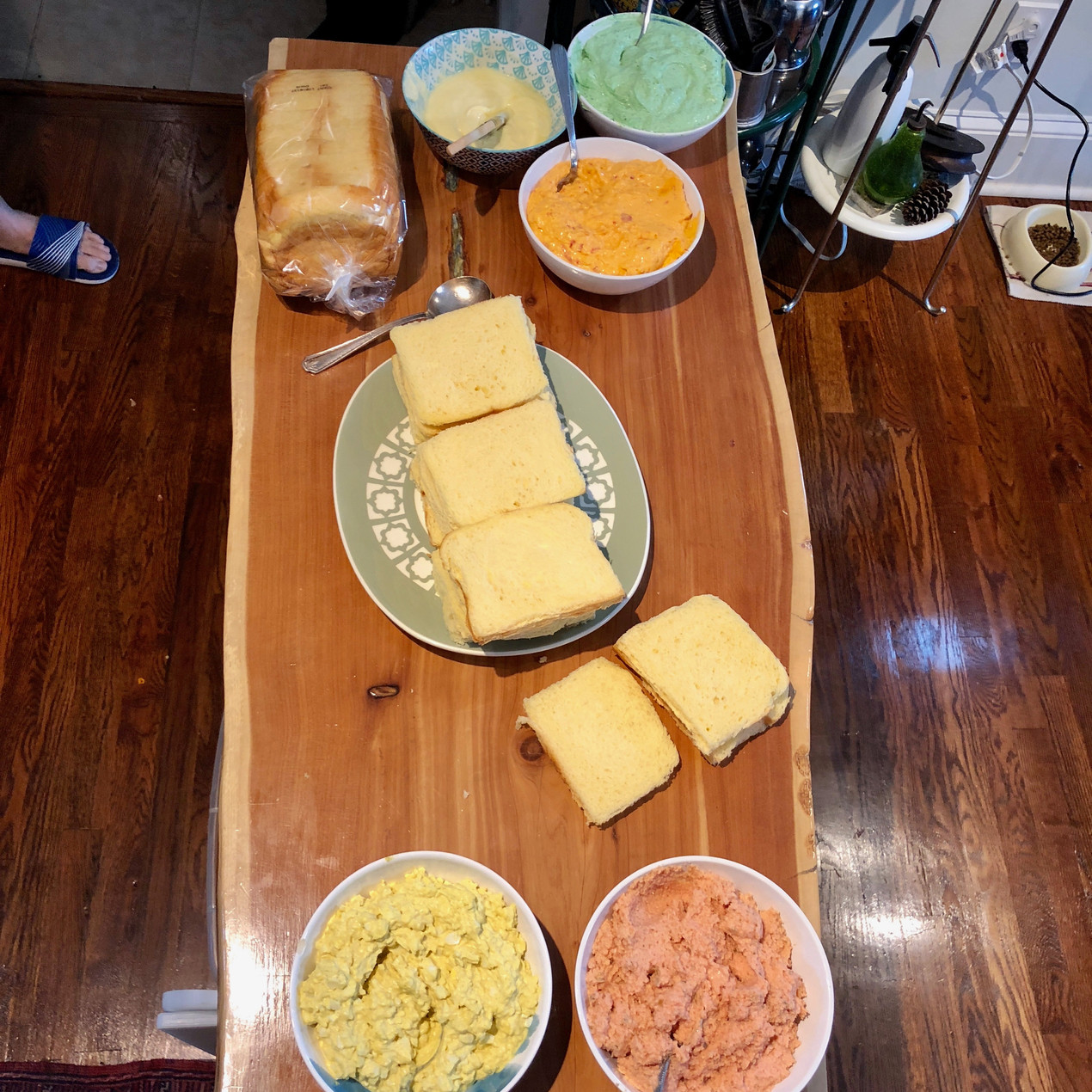 All the ingredients for the cream cheese loaf on the table