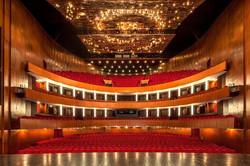 solution éclairage du Grand Théâtre de Genève avec Impact LD & Lumiverre - une société membre du gro