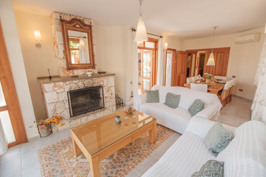 Villa Alev - Open plan - Dining - Sitting Room - Kalkana - Kalkan(1).jpg