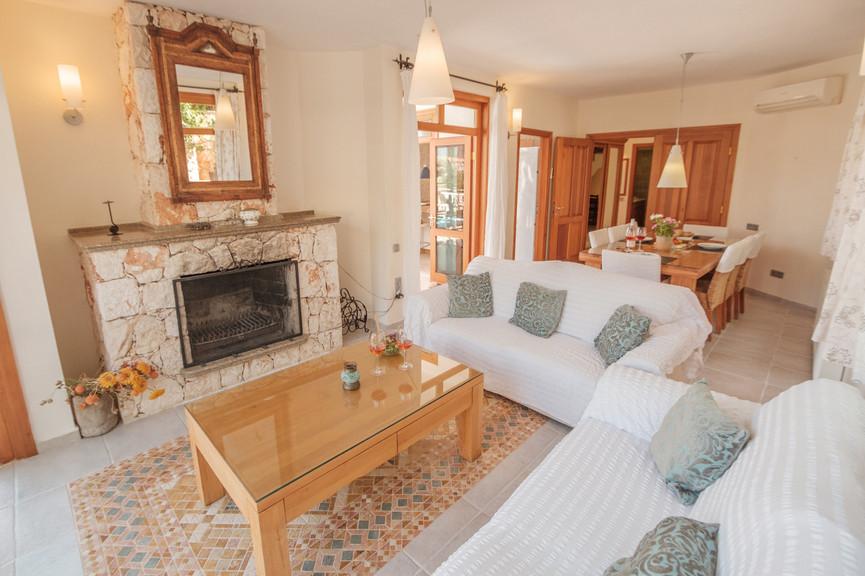 Villa Alev - Open plan - Dining - Sitting Room - Kalkana - Kalkan.jpg