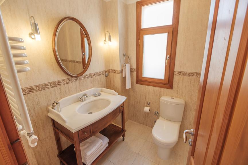 Villa Alev - Ensuite Bathroom - Kalkana - Kalkan(1).jpg